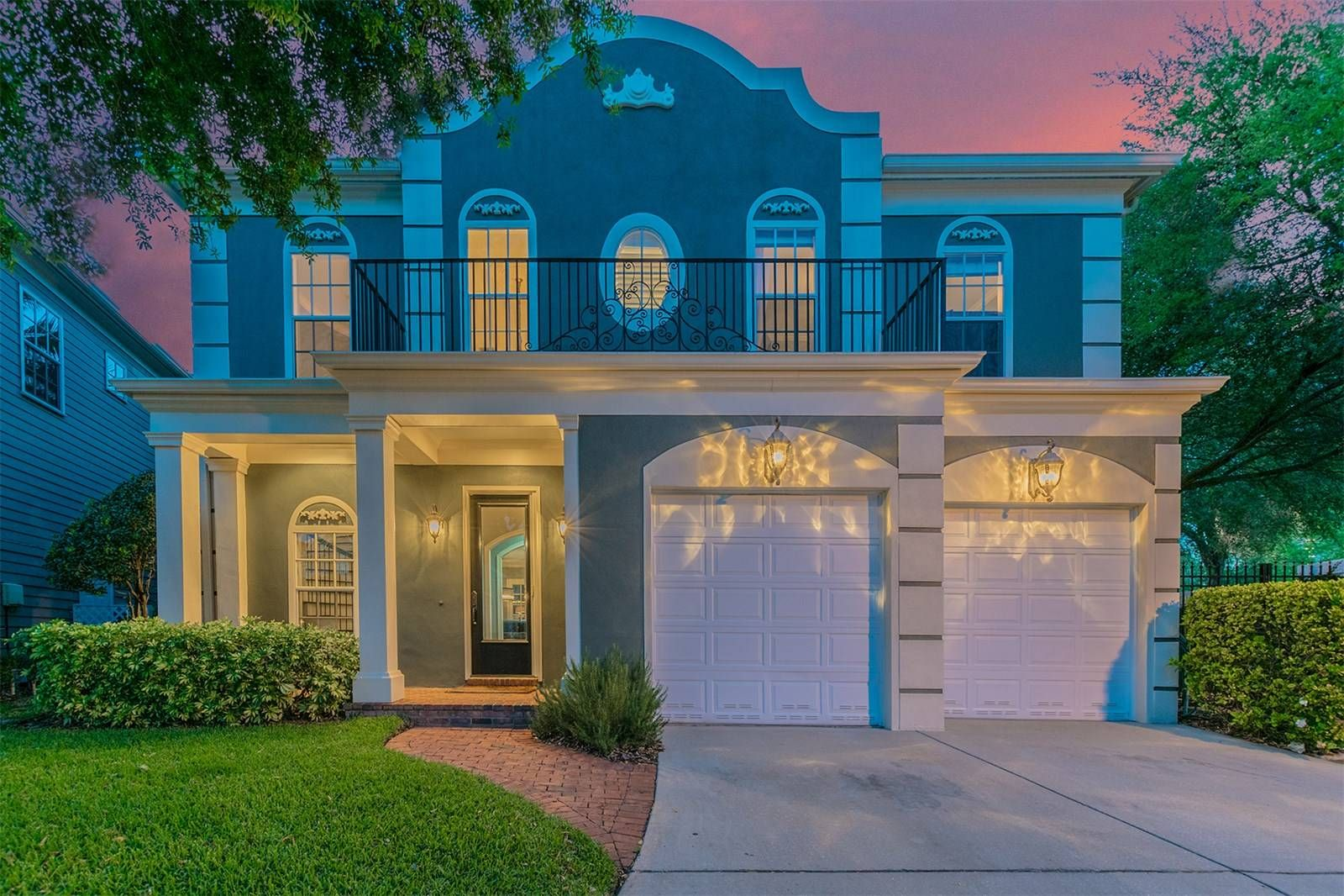 Single Family Home for Sale at HARBOUR ISLAND 901 Harbour