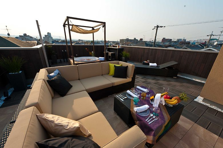 Facebook用画像 プラスワンリビング Plus One Living 屋上庭園
