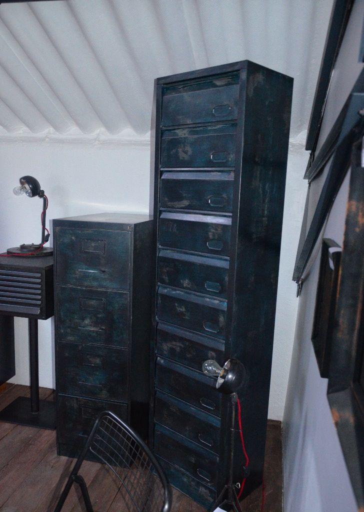 classeur m tallique 4 tiroirs meuble bleu vintage meuble bureau colonne clapets clapets. Black Bedroom Furniture Sets. Home Design Ideas