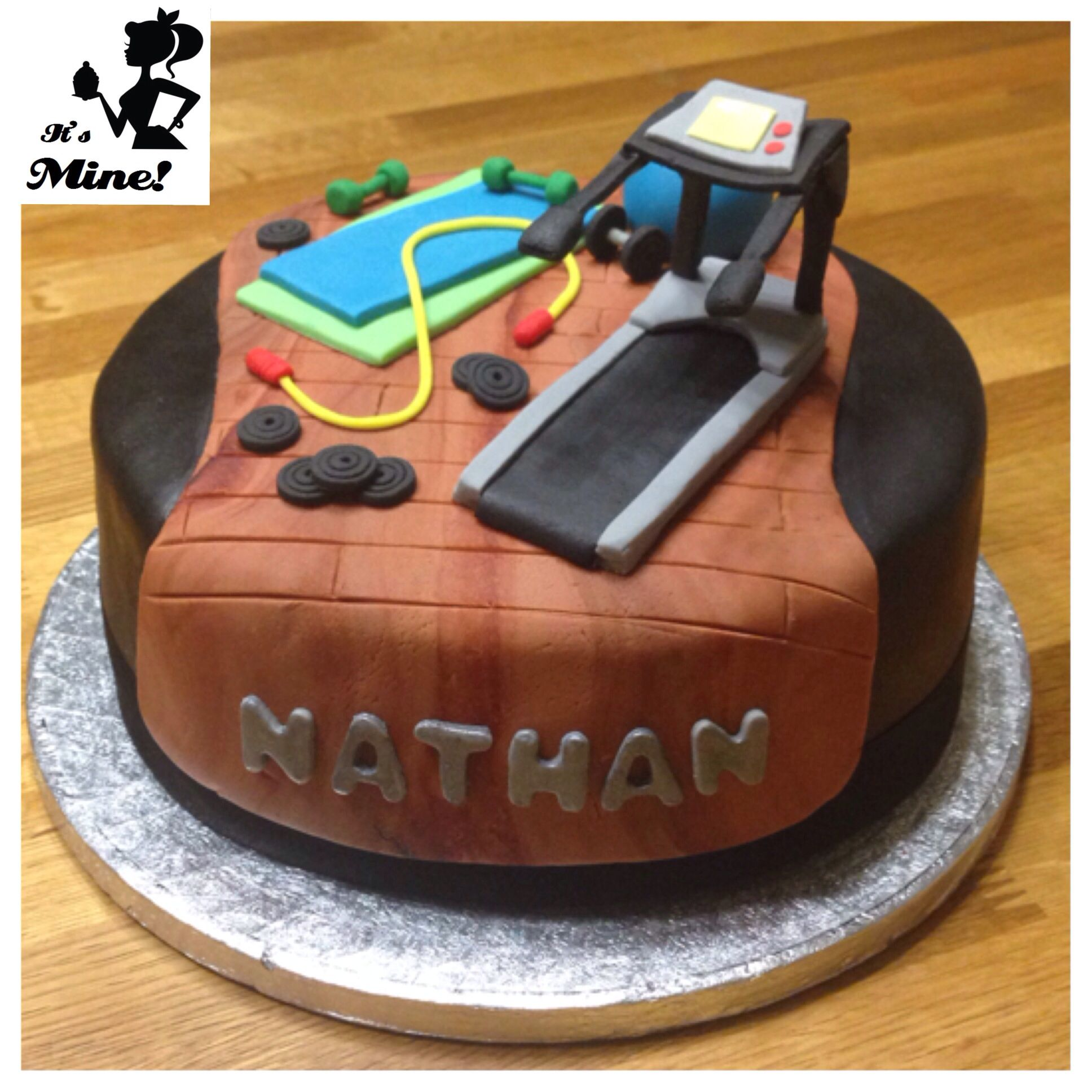 Gym equipment and treadmill cake Ideas para cumpleanos ...