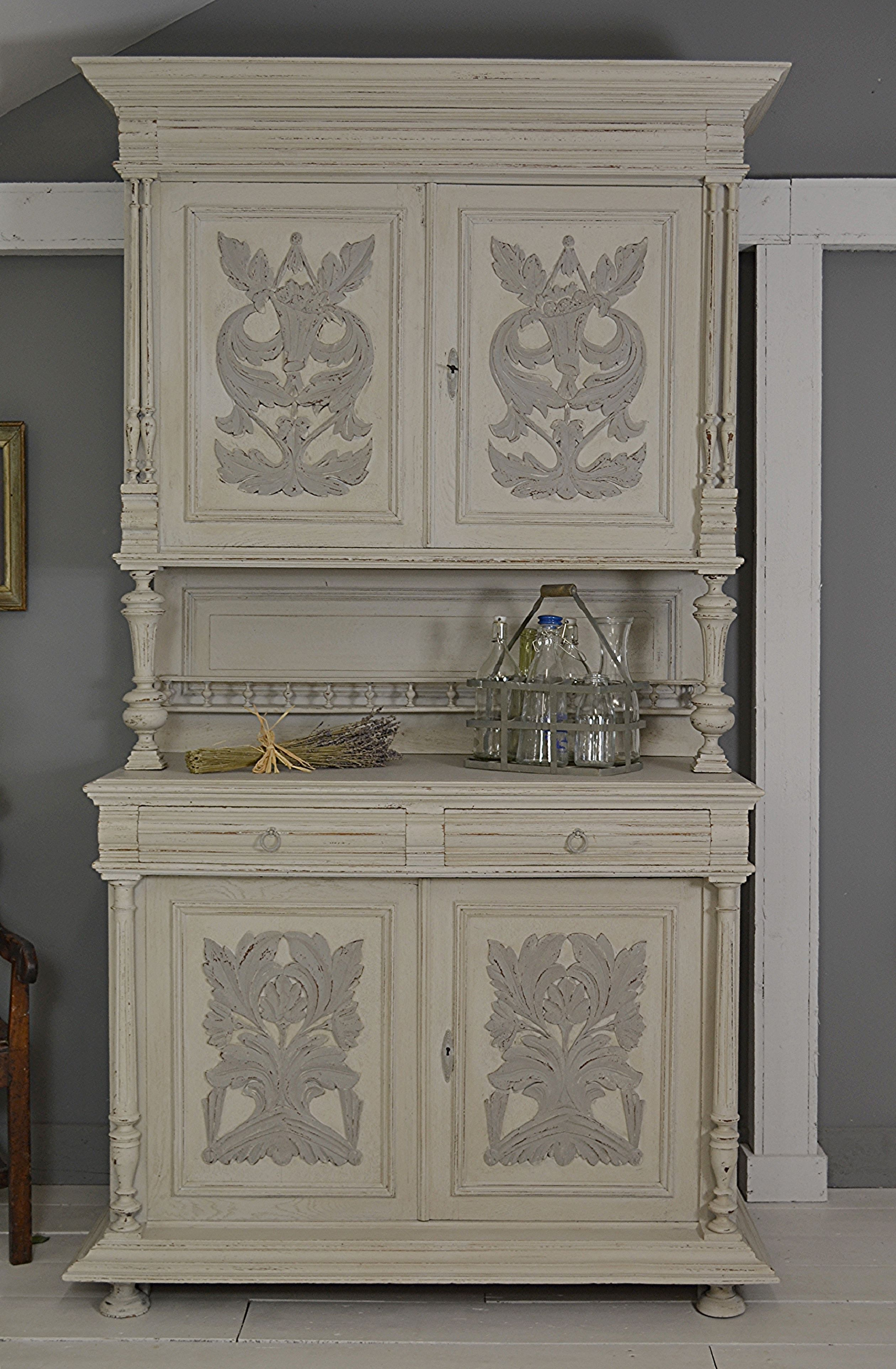 Letstrove This Stunning Example Of A French Buffet Has Plenty Of Storage With 2 Large Cupboard Areas Peindre Meuble Bois Mobilier De Salon Relooking Meuble