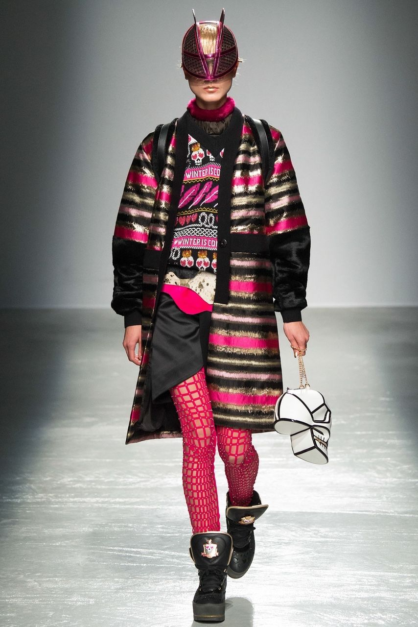 Manish Arora, Look #21 http://www.style.com/slideshows/fashion-shows/fall-2015-ready-to-wear/manish-arora/collection/21 Manish Arora, Look #21