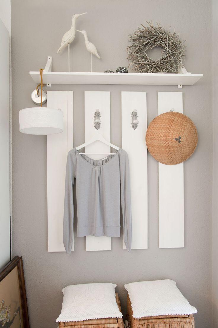 garderobe dus even een muurtje schilderen en opsakee | interier