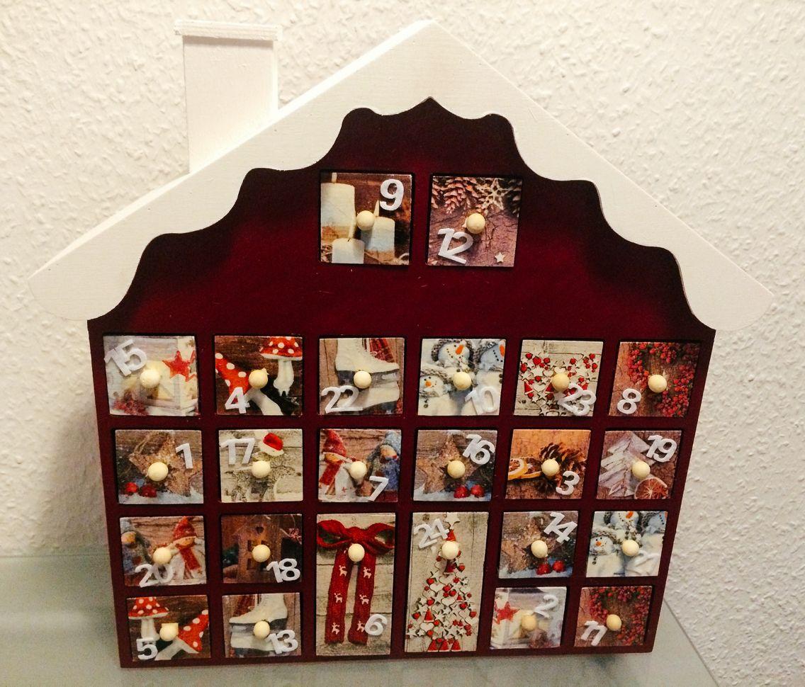 Adventskalender - winterliches Haus aus Holz, Gestaltung mit ...