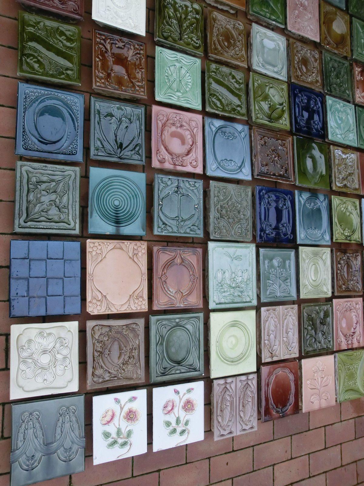 108 Stück verschiedene antike Ofenkacheln vom Kachelofen Kachelwand ...