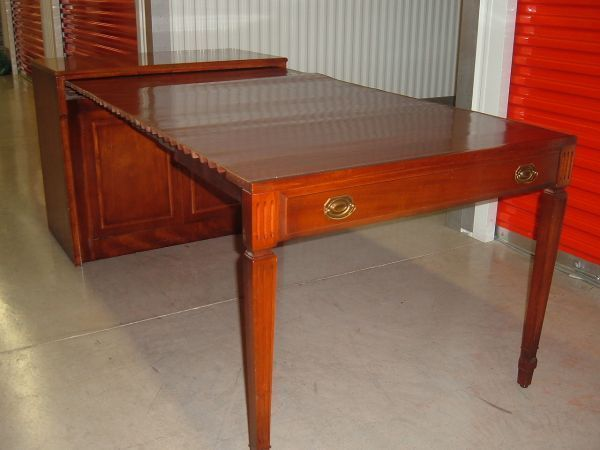 I Am In Georgia And Looking For A Saginaw Expanding Table/buffet.