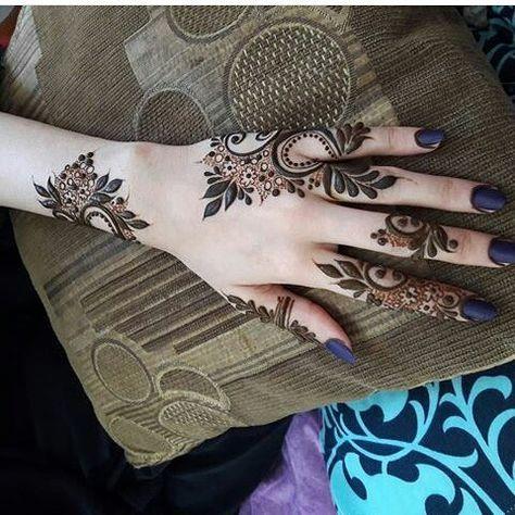 Pin By Zaynab On All Abt Tattoos Henna Patterns Mehndi Designs Henna Designs