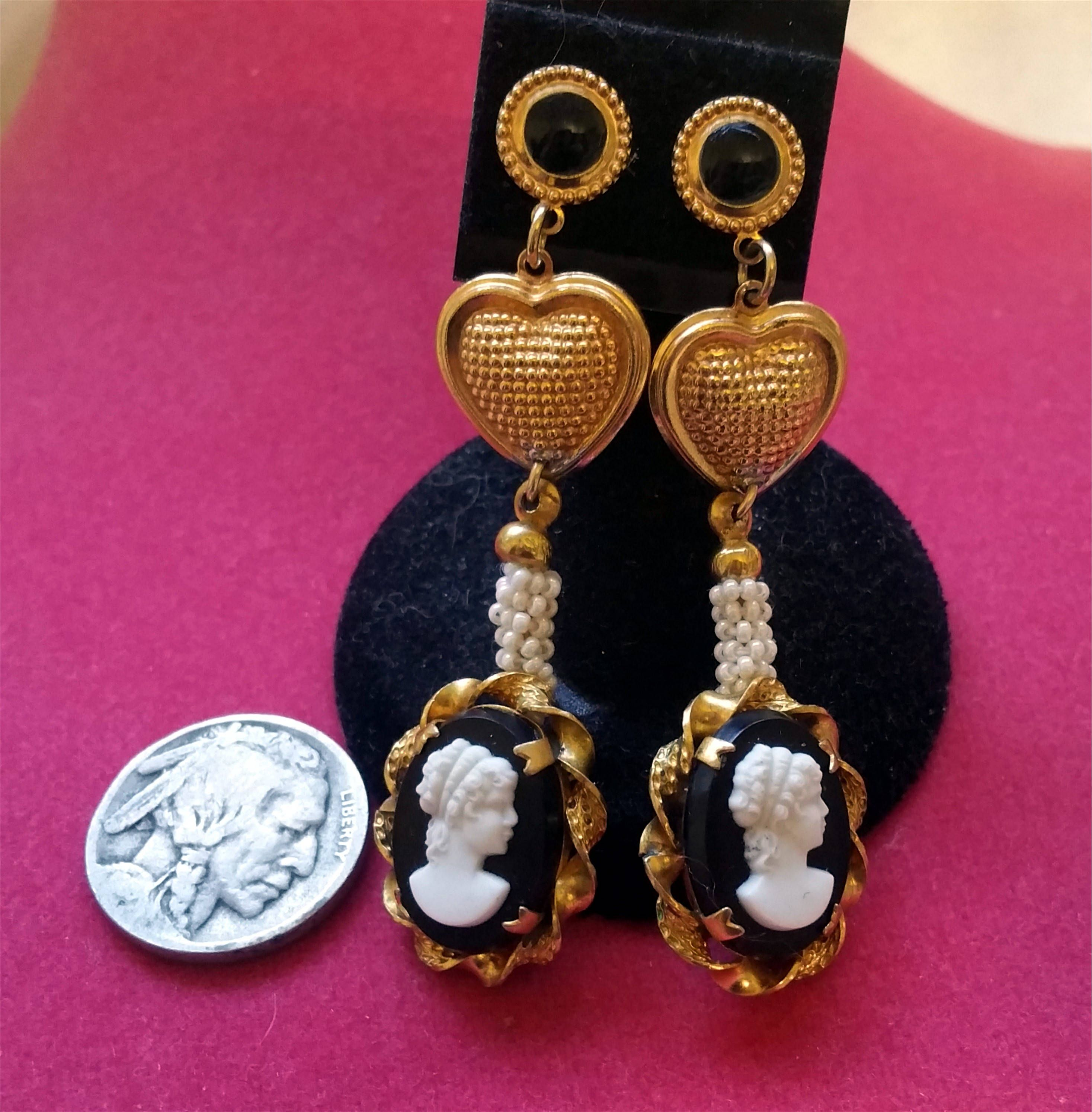 Gold Tone Heart Dangle Drop Earrings Black or White New