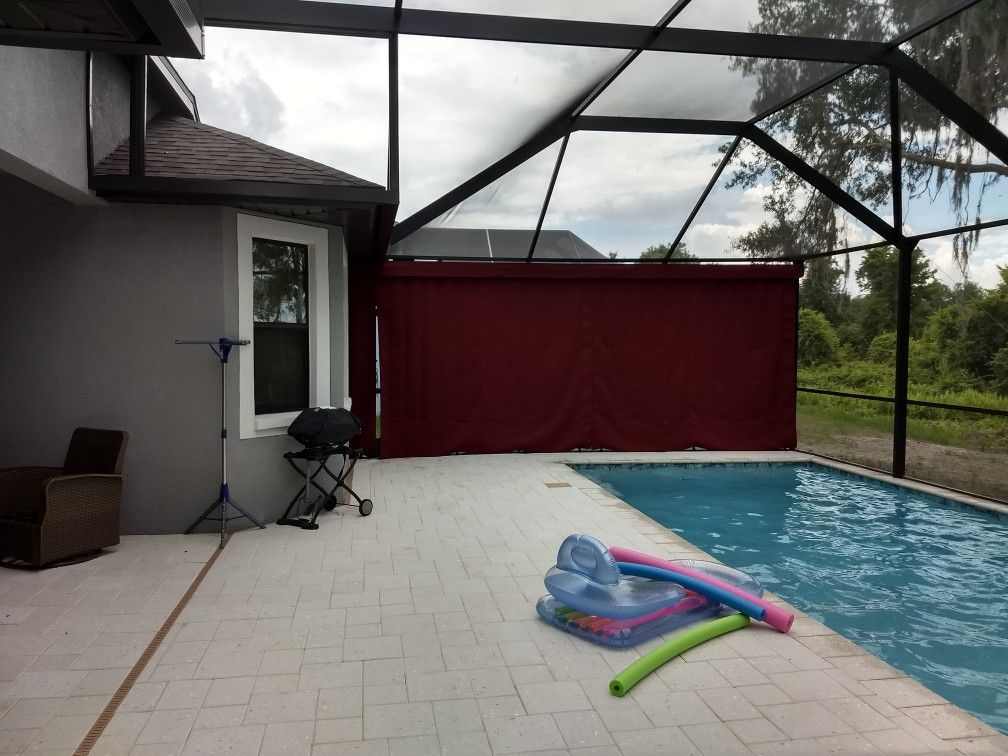 Outdoor Screen Enclosure Or Lanai Curtains The Best Outdoor Privacy Option Myprivacyondemand Www Lanaicurt Outdoor Screens Outdoor Privacy Screen Enclosures