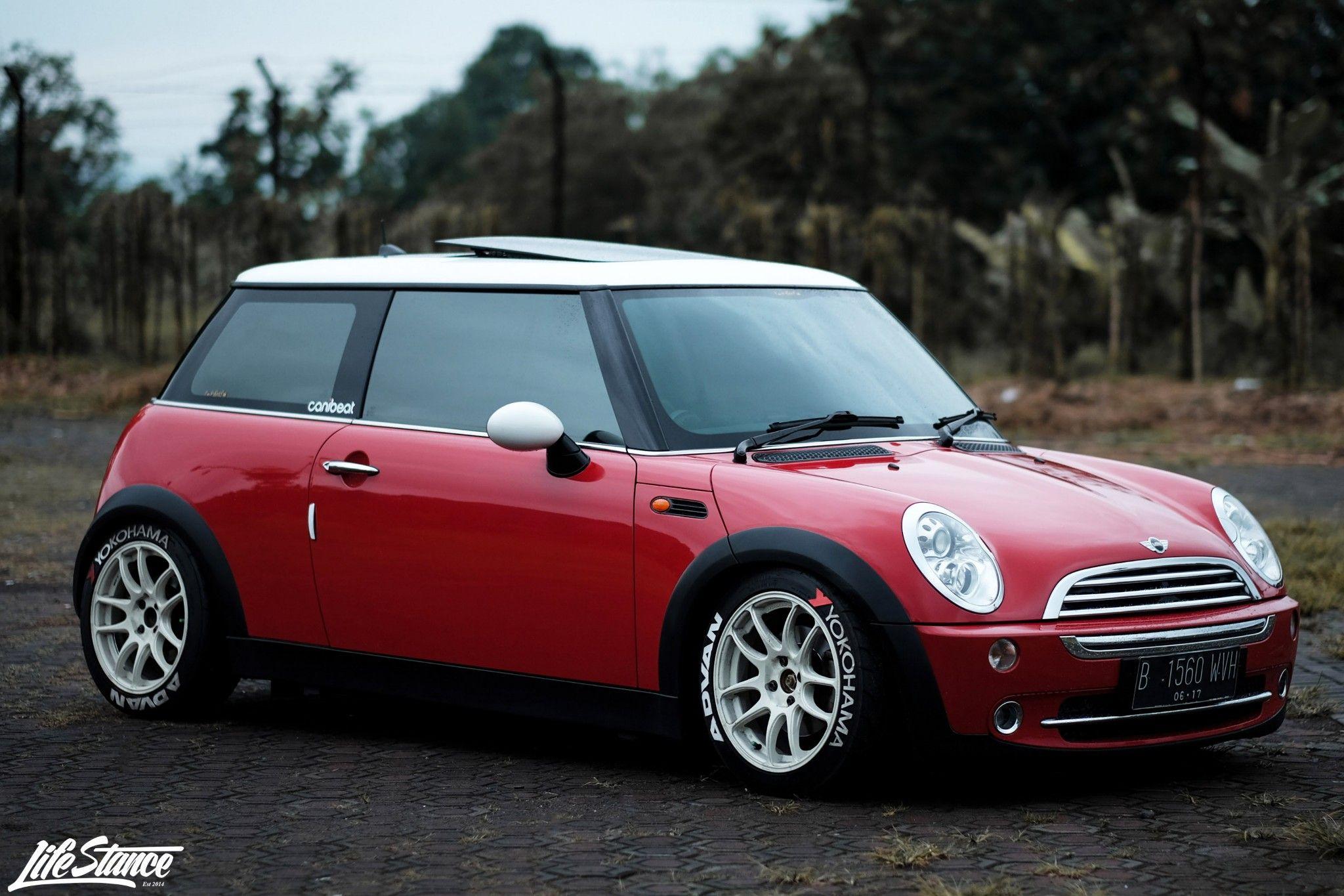 Simple Et Efficace Mini Cooper Custom White Mini Cooper Lovely Car