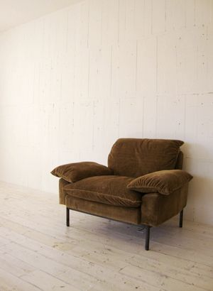 TRUCK|182. DT SOFA 1-SEATER