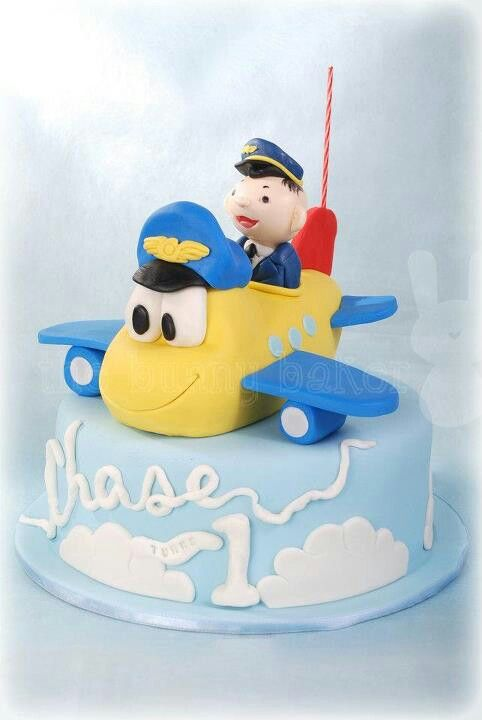 Pilot cake from the bunny baker Airplane Theme Pinterest Pilot