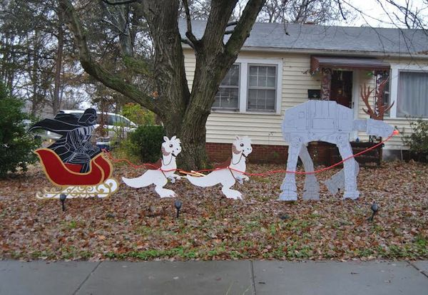 Merry Sithmas How We Made Our Own Star Wars Christmas Lawn Ornaments Offbeat Home Life Star Wars Christmas Decorations Star Wars Christmas Tree Star Wars Christmas