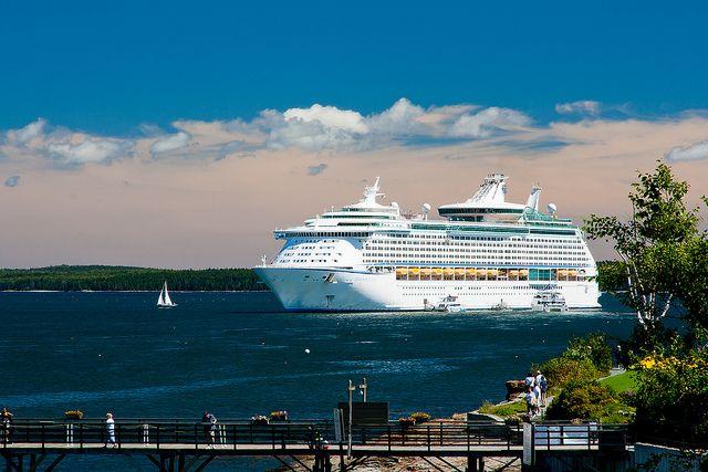 Royal Caribbean Explorer Of The Seas Royal Caribbean Bar Harbor - Cruise ship bar harbor