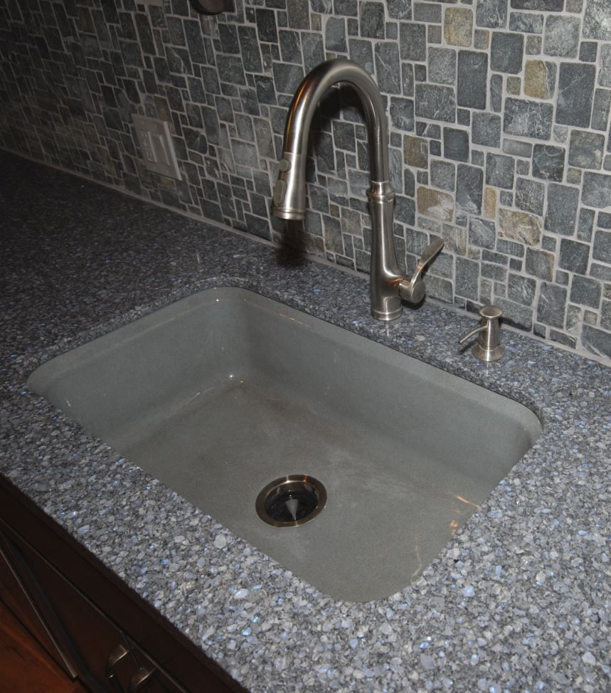 Kohler Bellera Faucet In Vibrant Stainless With Kohler Bakersfield Sink  Basalt In Cambria Parys Countertop.