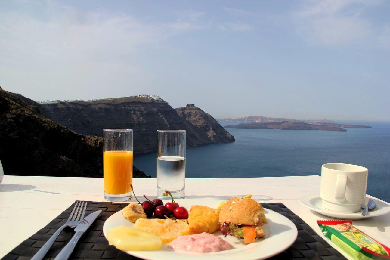 Картинка с добрым утром завтрак у моря