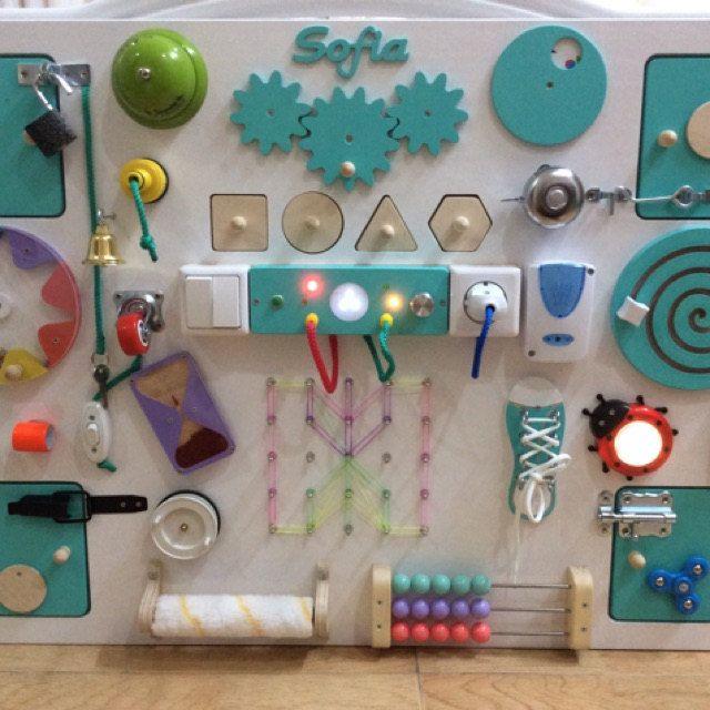 Busy Board Standart LED (Activity Board, Sensory Board, Montessori Toy, Giocattolo di legno, scheda di fermo, Giocattoli per i più piccoli) Regalo primo compleanno