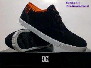 Sepatu Casual Pria Sepatu Casual