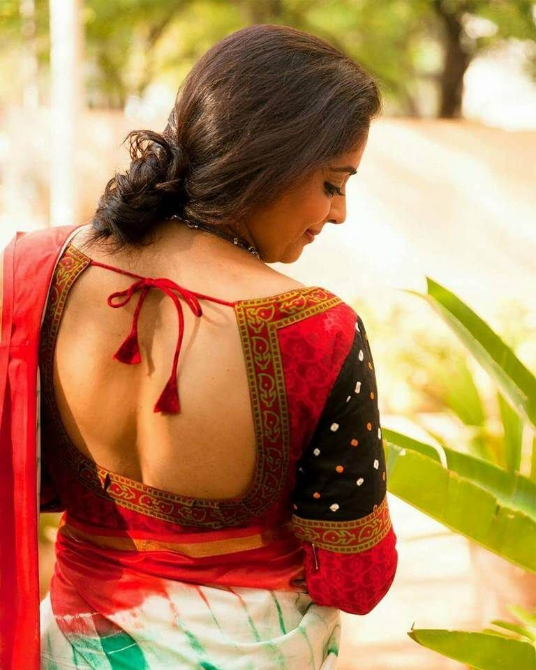 fcbd1625d8dae 20 Stylish and Trendy Saree Blouse Back Neck Designs - FashionShala ...