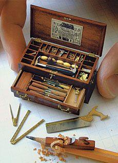 Tiny Tools!!  Ahhh I want to peeench!