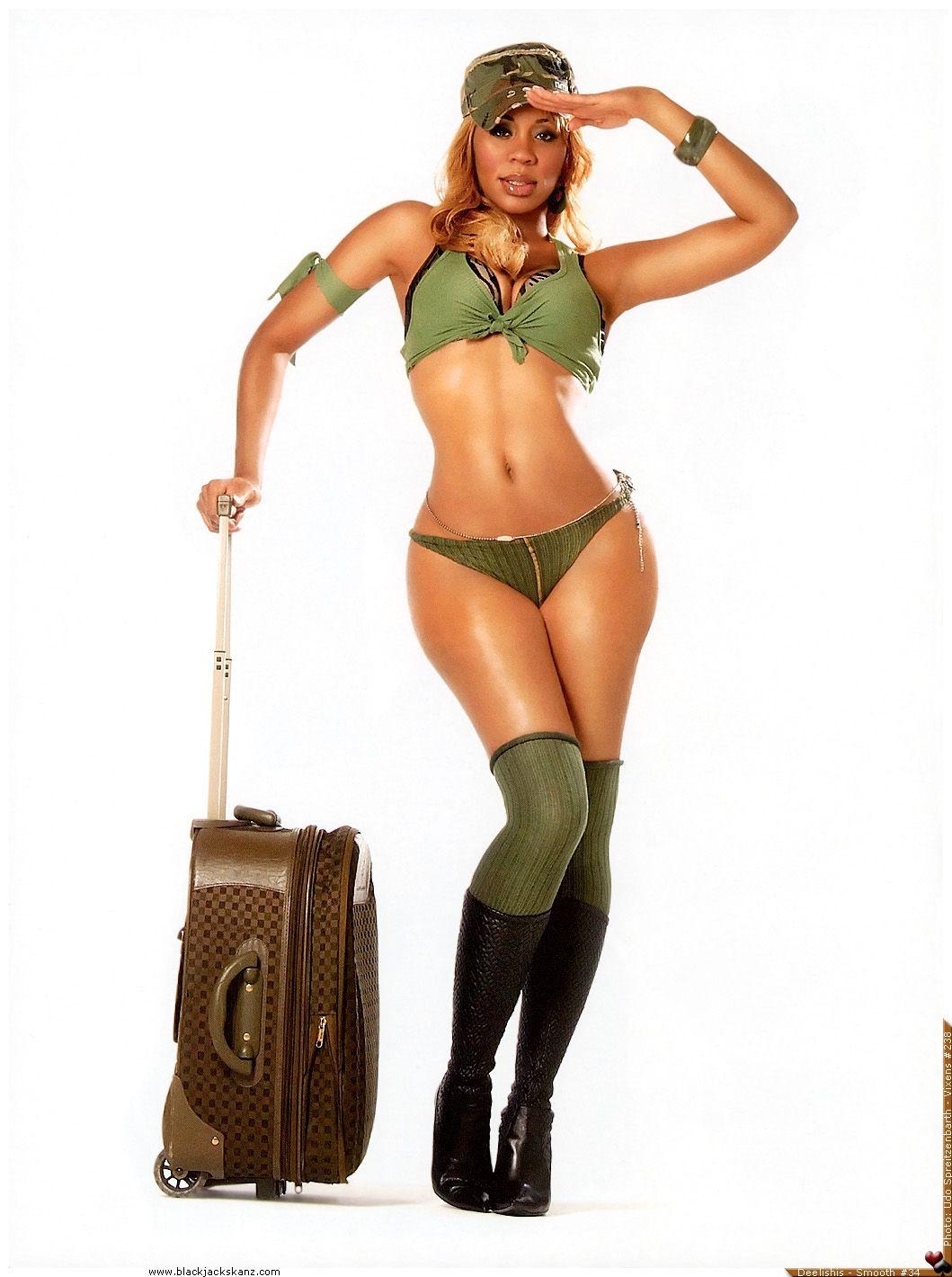 Chandra Davis (aka Deelishis) nude (87 photo), Topless, Hot, Boobs, braless 2015
