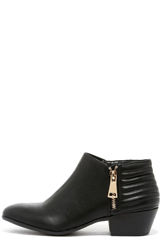 Looking for Adventure Black Ankle Boots
