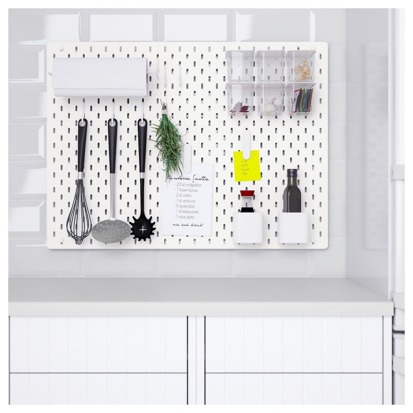 Skadis Lochplatte Kombination Weiss Hier Entdecken Ikea Osterreich In 2020 Peg Board Ikea Wall Storage
