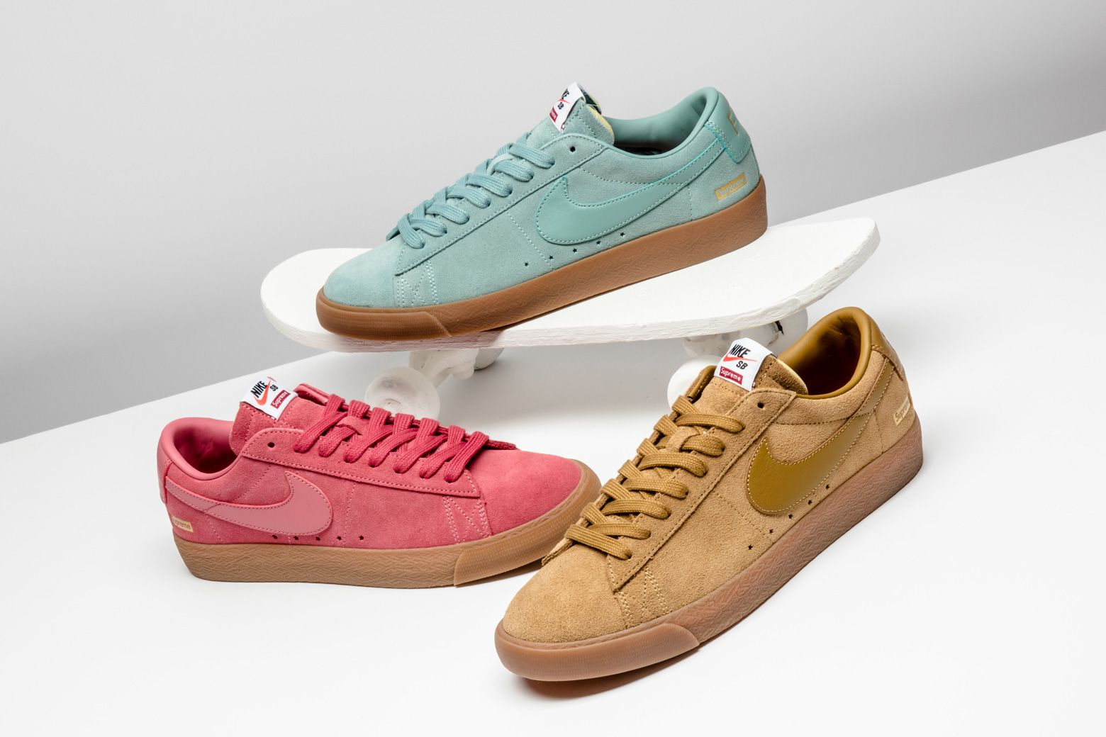 buy online 33a88 43633 Supreme outfitted the Nike SB Blazer Low with a trio of ...