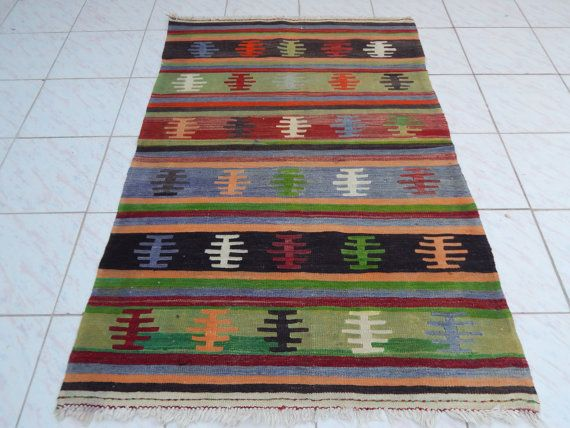 3'5'' X 5'3'' / 103 X 160cm Anatolian Handwoven by HANDSONHIPS