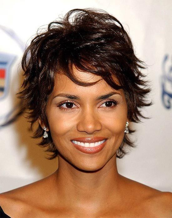 Halle Berry Medium Shag Haarschnitte Promi Frisuren Pinterest