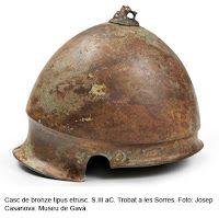 Italic bronze helmet.