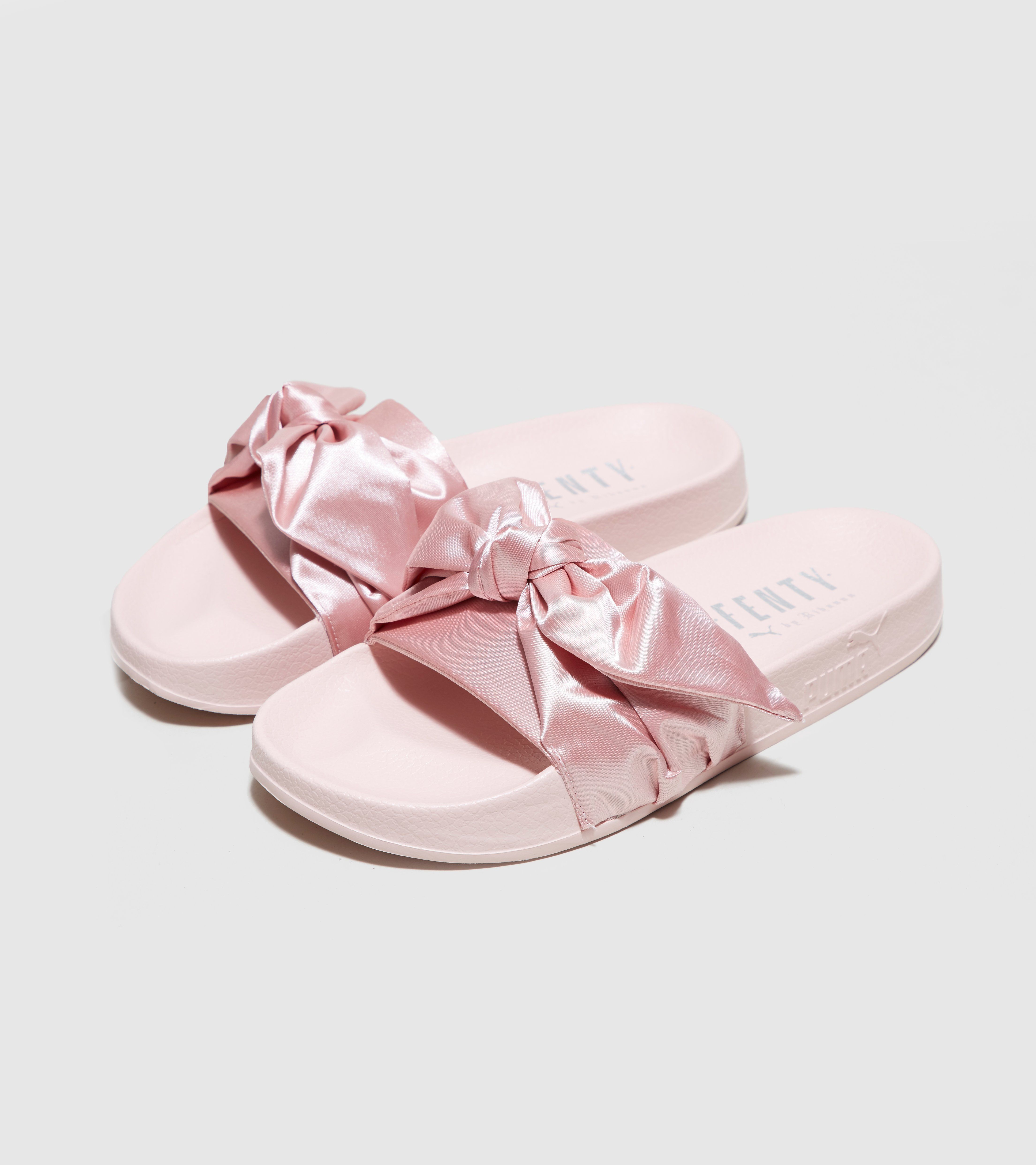 premium selection 3e5f5 289b3 Fenty Puma Bow Slide, Colour Pink or Baby Blue, Size 6 ...