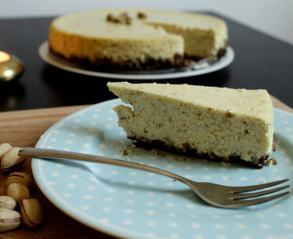Zimtiger Pistaccio Cheesecake --- Das Rezept und mehr Fotos gibt es auf www.louiseethelene.de/category/kultur/kulinarisches