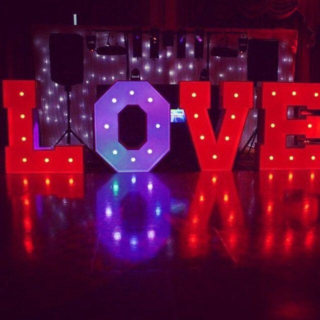 #nicheevents #all_shots #bride #bigday #bridetobe #brideinspiration #casinotheme #decor #likeme #gettingmarried #instapic #instawed #instalike #instadaily #instawedding #illuminatedlove #love #lights #like4like #likeforlike #lovetocreate #lightupletters #