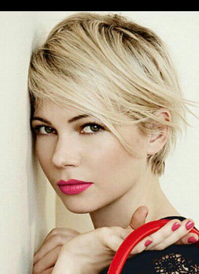 Pin By Kristina Hoffman On Short Hair Michelle Williams Hair Short Hair Styles Thick Hair Styles