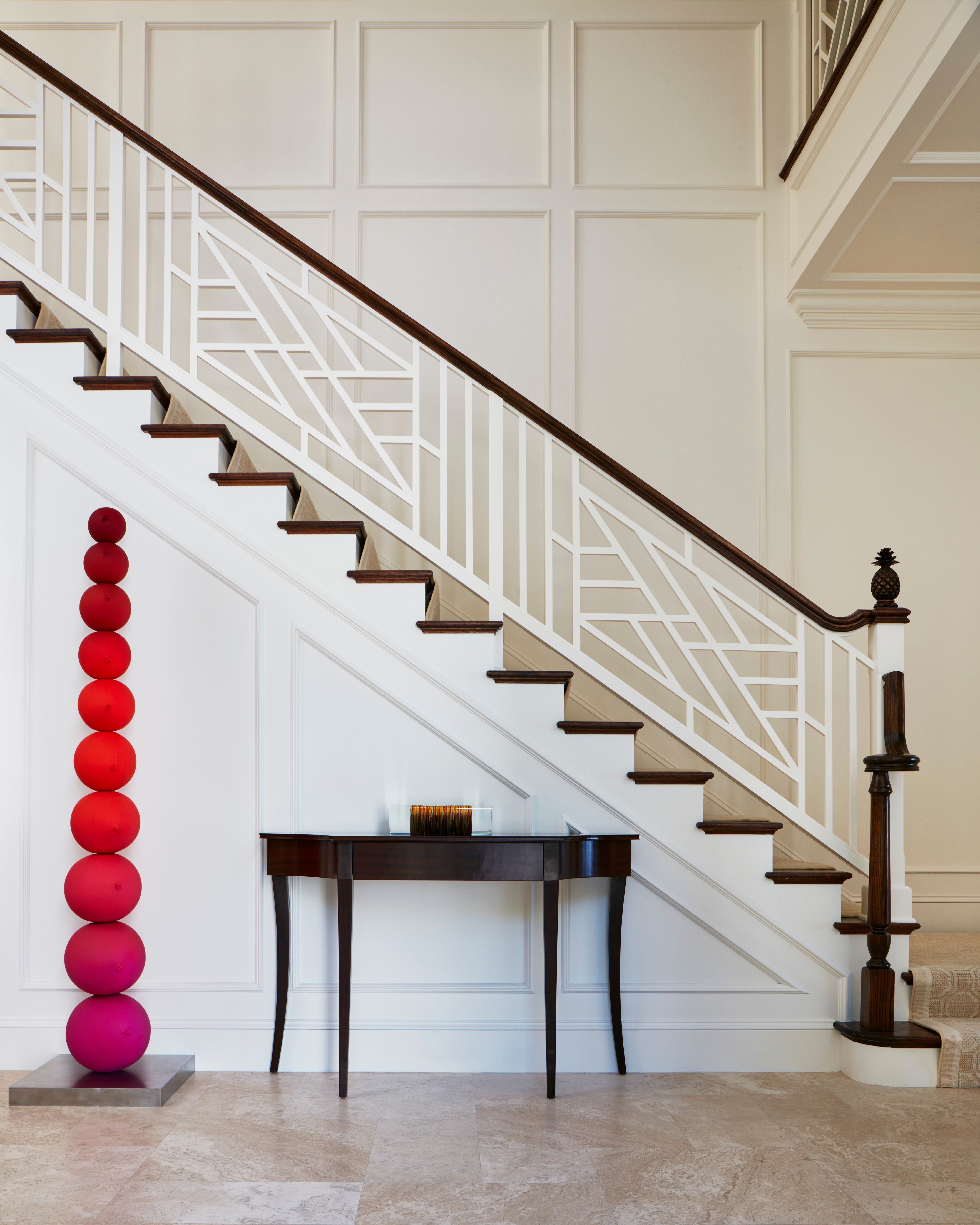 20 Excellent Traditional Staircases Design Ideas: We Love A Bright Pop Of Color #LRIproject