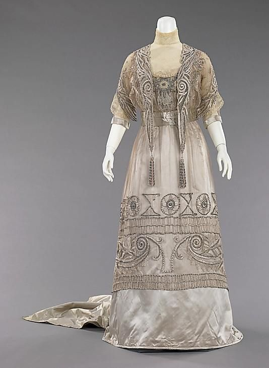 Evening dress Attributed to Mrs. Dunstan  (American)