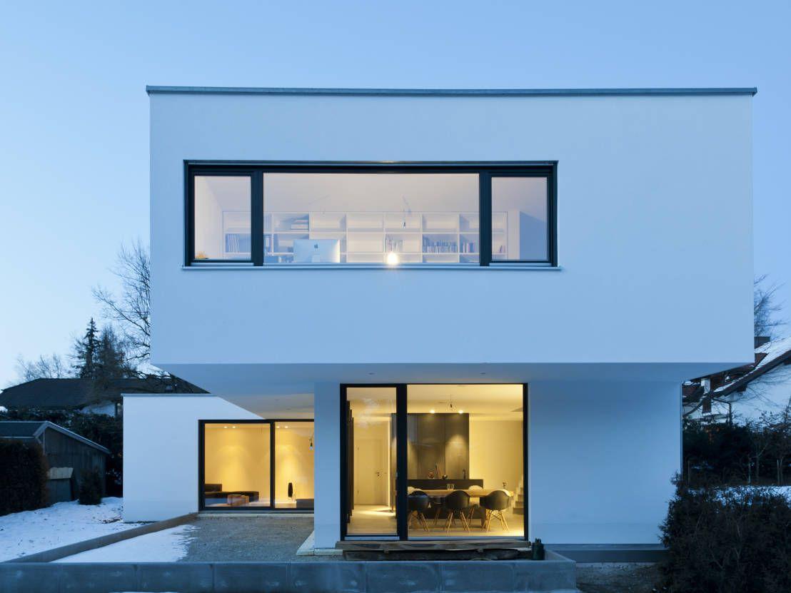Beton erobert Einfamilienhaus   Einfamilienhaus, Moderne häuser und ...