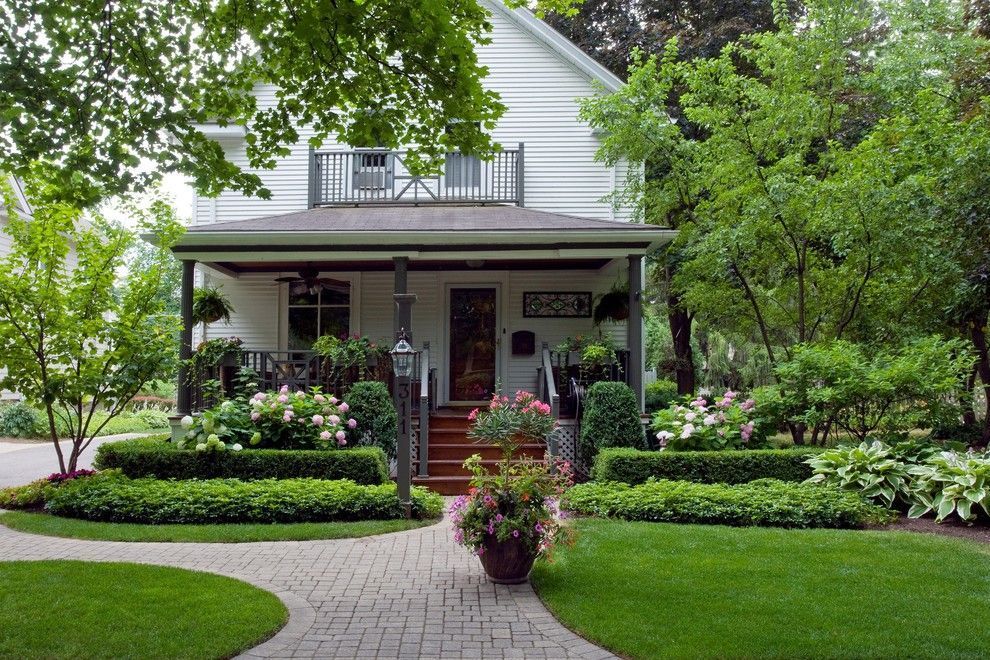 Boxwood Shrub Landscape Traditional With Front Garden Front Porch Gable Roof Hedge Front Yard Design Traditional Landscape Large Yard Landscaping