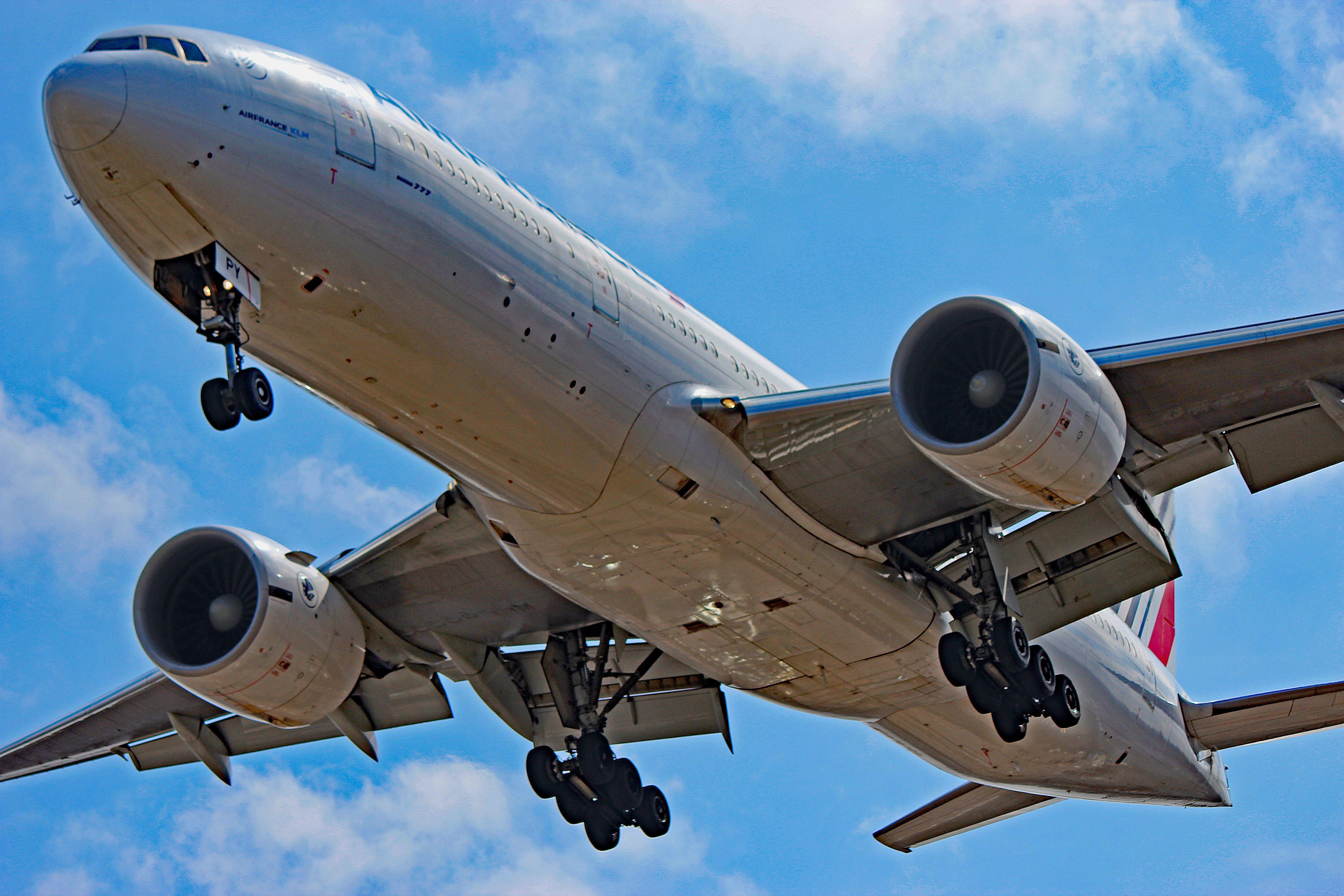 FGSPY Images Of Air France Boeing 777200ER Boeing 777