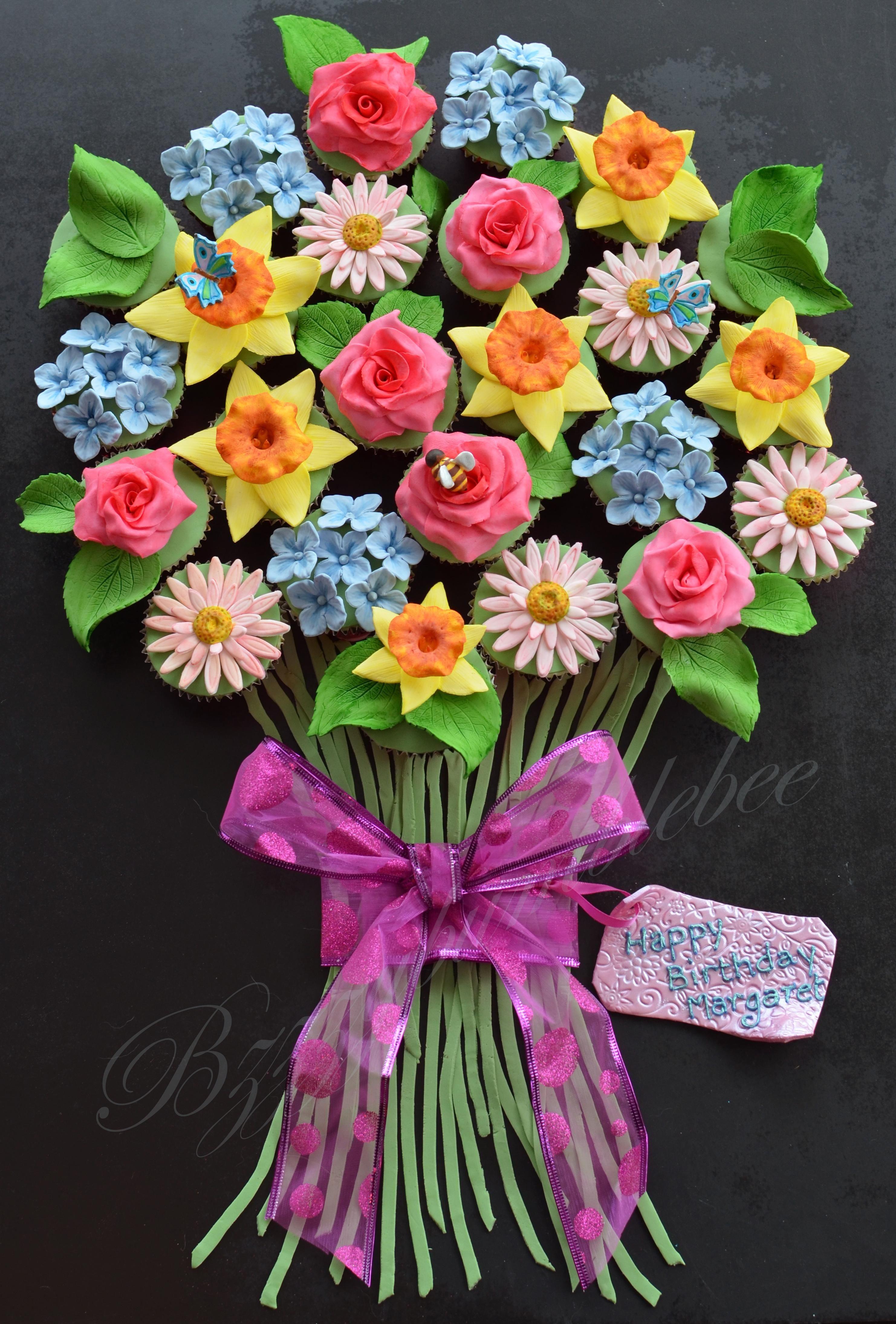 Beautiful cupcake flower bouquet adorable cupcake cakes in 2018 beautiful cupcake flower bouquet izmirmasajfo