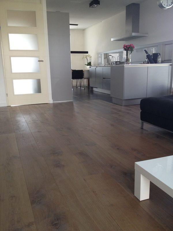 Laminaatvloer woonkamer/keuken #laminaat #bruin #eiken | Eiken ...