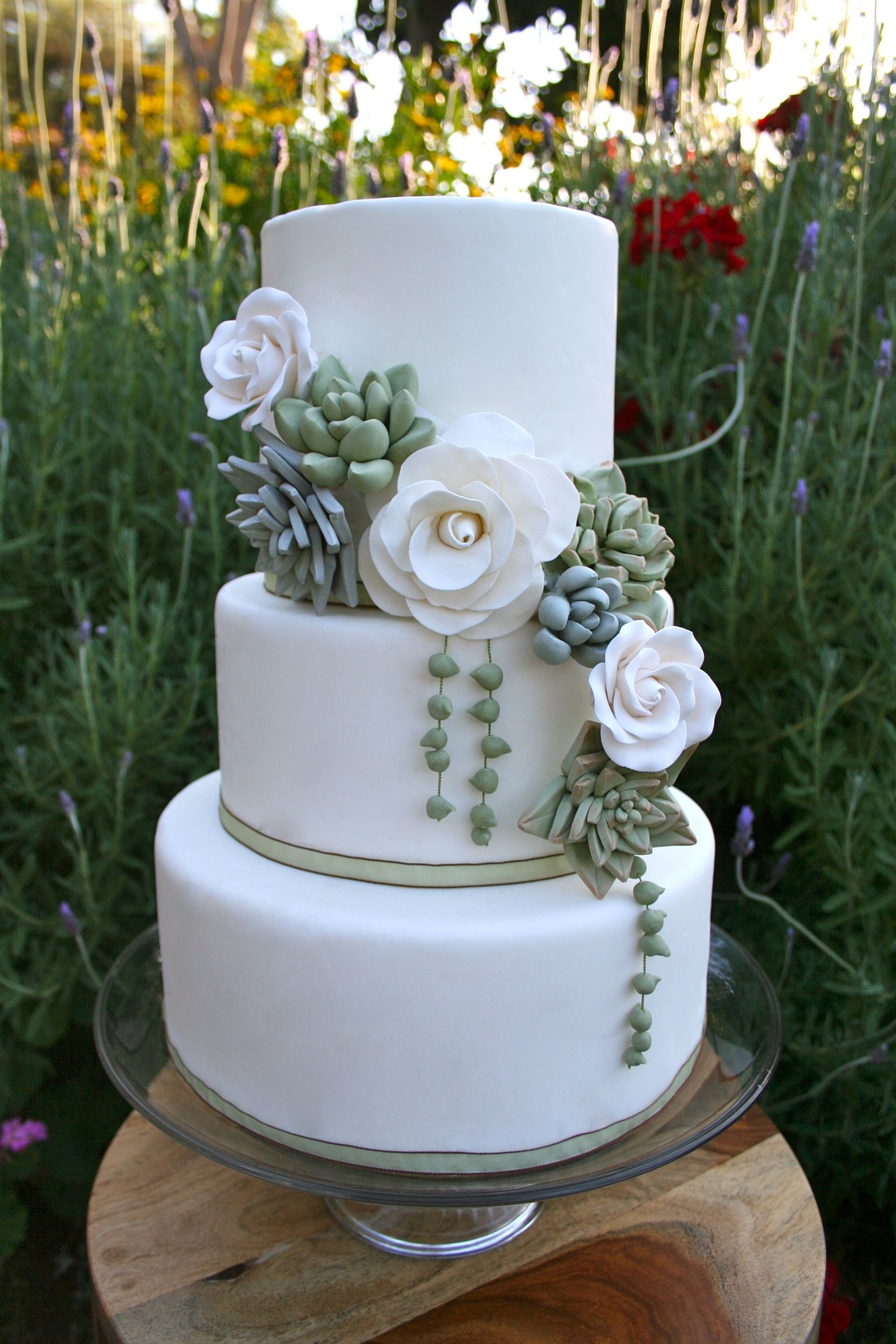 Pin By Barbara Sorenson On Wedding Cakes Succulent Wedding Cakes Wedding Cake Toppers Floral Wedding Cakes