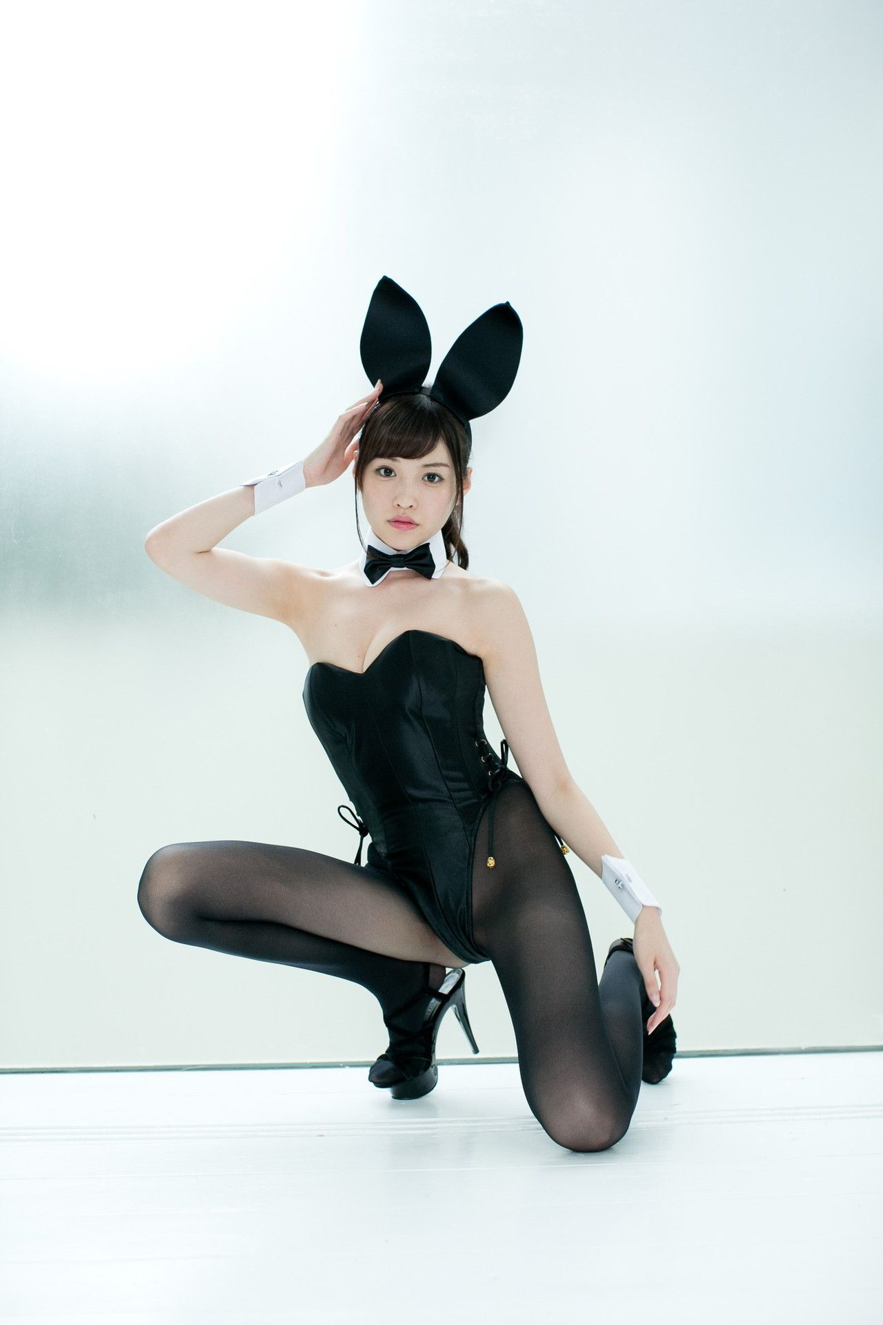 Asian bunny girl legs images 598