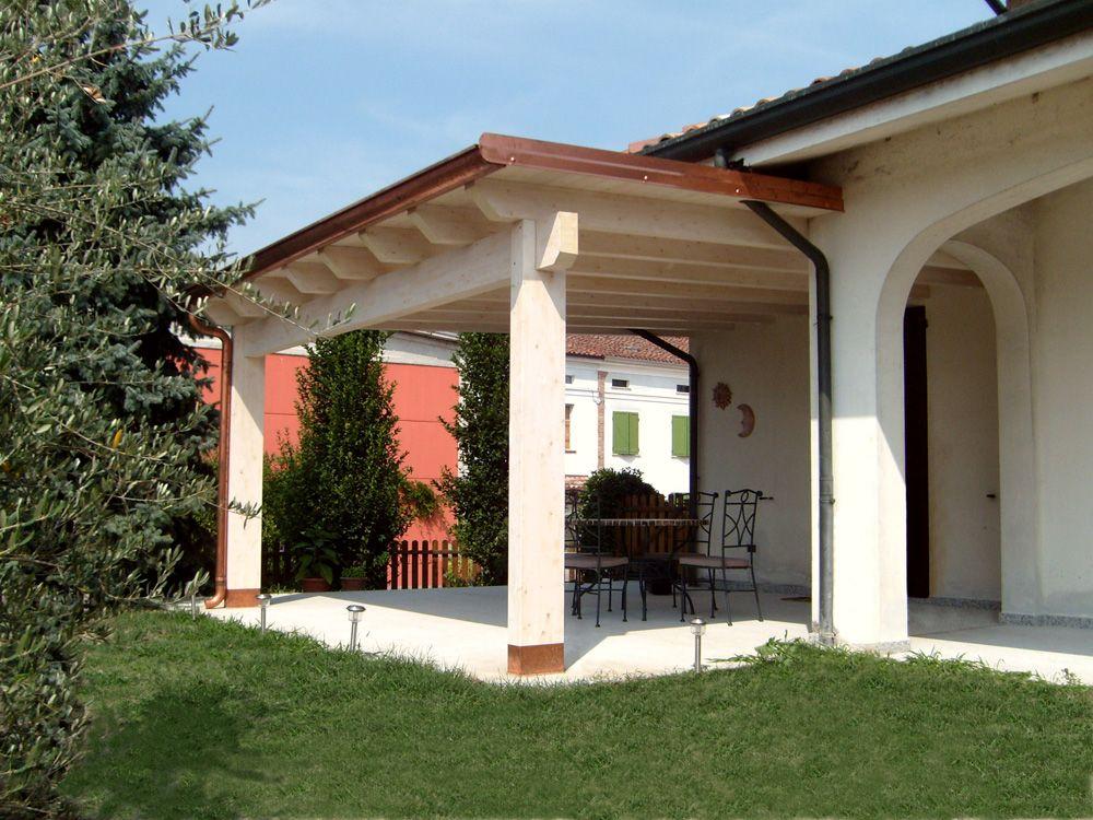 Porticato con colonne ad una falda linea classica for Aggiungendo un portico ad un ranch