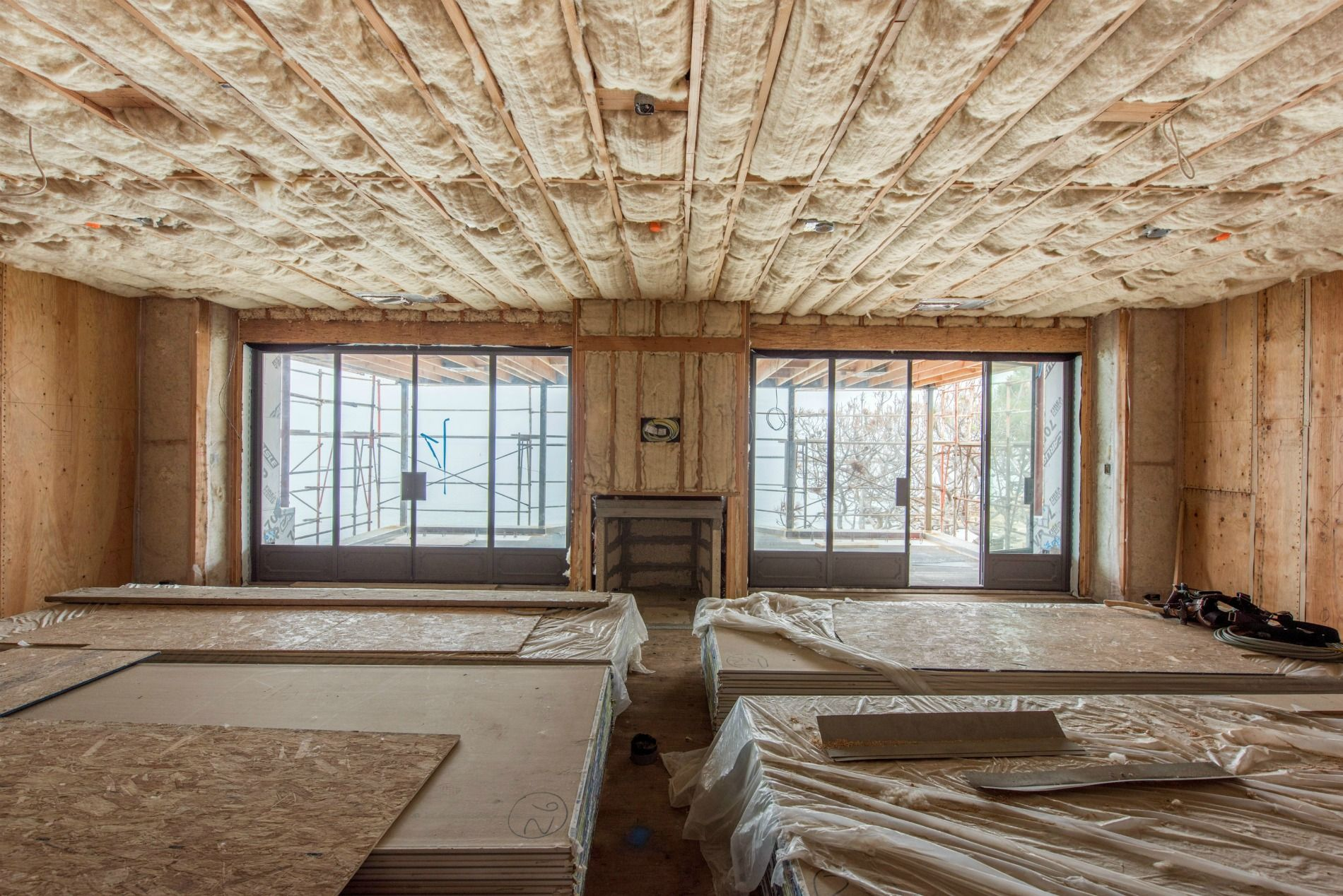 Insulating Homes With Natural Sheep S Wool Sustainable Building Materials House Heating Building Materials