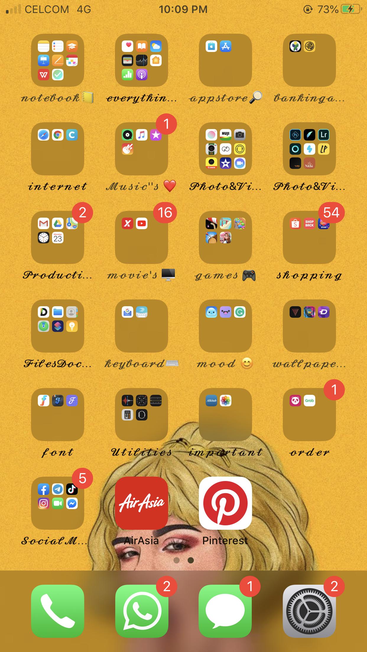 Idea For Iphone Homescreen In 2020 Aesthetic Iphone Wallpaper Iphone Hacks Homescreen