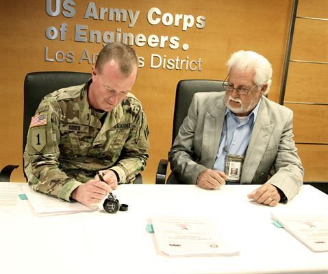 Corps signs labor-management agreement, continues to strengthen - management agreement
