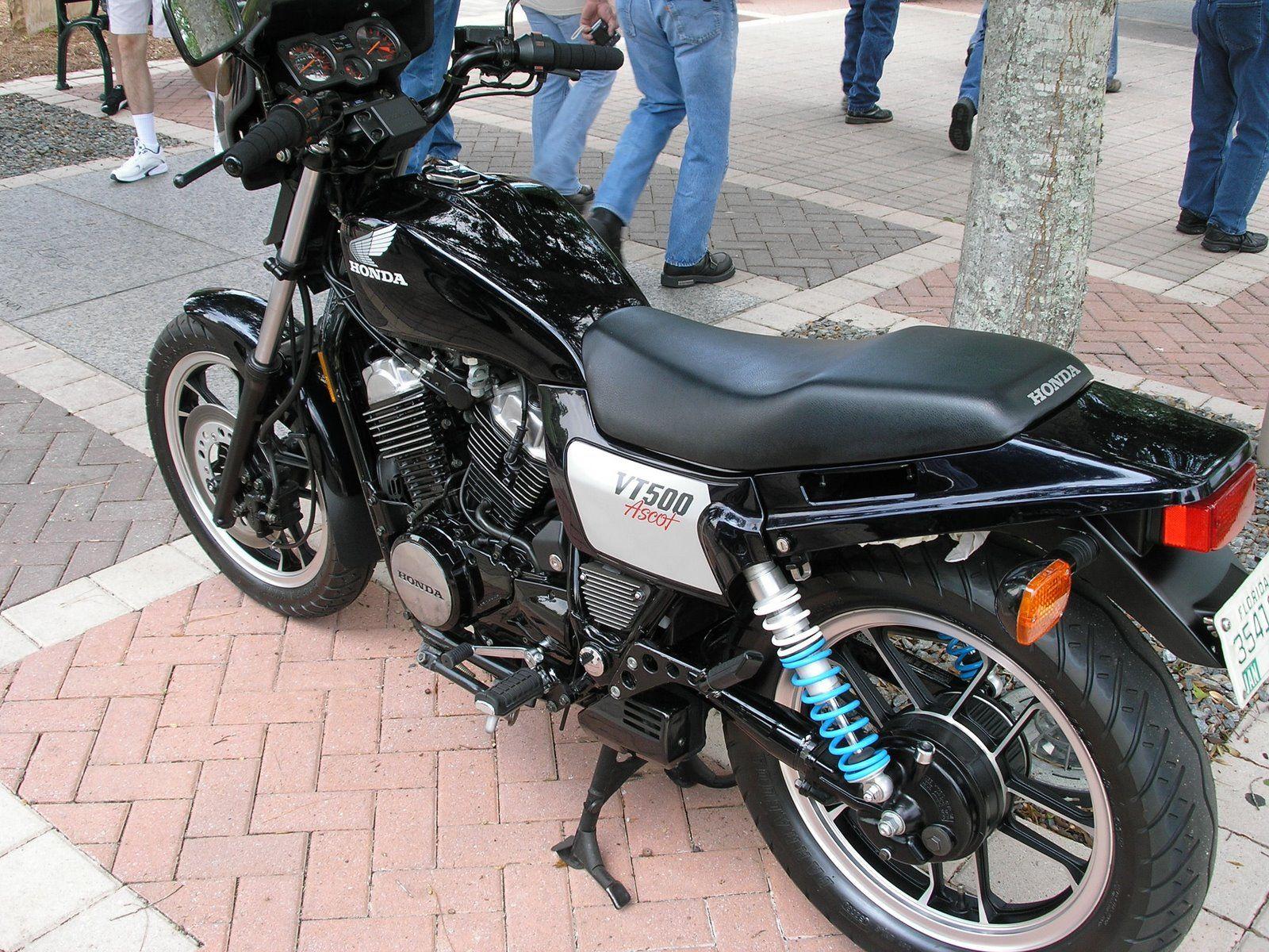 Honda VT500 ASCOT   Custom bobber, Slim jims, Honda