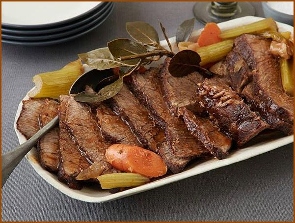 Delicious Amazing Health Recipes - Slow Cooked Pot Roast with Vegetables  http://www.AmazingHealthRecipes.com/slow-cooked-pot-roast-vegetables/